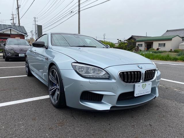 BMW M6 グランクーペ エンジン載せ替え済み(3.2万kmエンジン) 黒革シート ブルーキャリパー  HDDナビ LEDヘッドライト 20インチアルミホイール パワーシート 全席イージークローザー