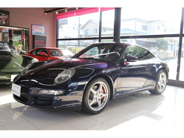 ポルシェ 911カレラ Tip カーボン&レザーインテリア