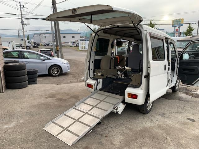 ダイハツ ハイゼットカーゴ  4WD スローパー 福祉車両 両側スライドドア キーレス エンスタ