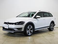 VW ゴルフオールトラックTSI 4モーション・ステアリングヒーター・サンルーフ