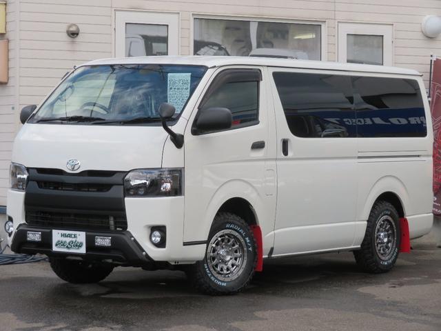 トヨタ ロングDX 5ドアディーゼル4WDオフロードパッケージダークプライムセカンドシート