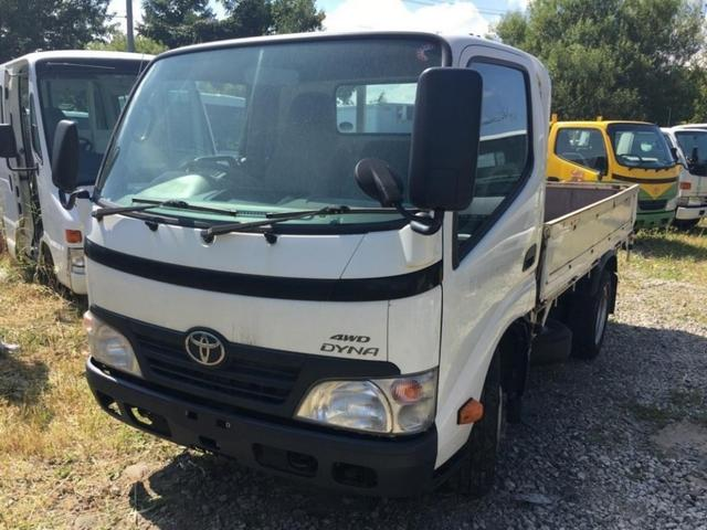 トヨタ 2t積 フル装備 5MT 4WD