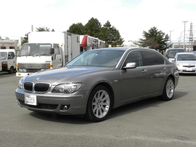 BMW 7シリーズ 750Li 左ハンドル本革サンルーフ