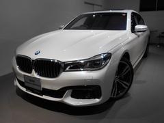 BMW750i Mスポーツ 20アルミ サンルーフ レーザーライト