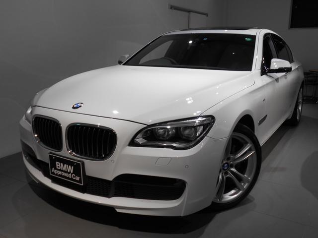 BMW 740i Mスポーツ サンルーフ 20アロイ LEDライト