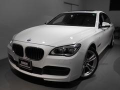 BMW740i Mスポーツ サンルーフ 20アロイ LEDライト