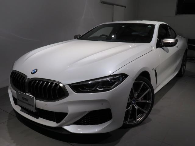 BMW M850i xDriveクーペ 当社デモカー V8 4400ccエンジン ナイトビジョン B&Wサウンド 純正20インチアロイホイール レーザーライト xDrive