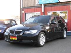 BMW320iツーリング サファイアブラック