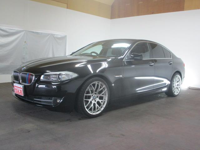 BMW 528i 本革シート HDDナビ リアカメラ