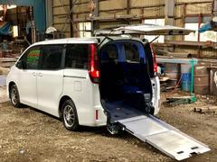 ノアスローパーx介護タクシーパックx4WDx車いす2台積仕様