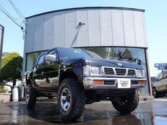 ダットサンピックアップダブルキャブ AXターボ 4WD ハイリフト