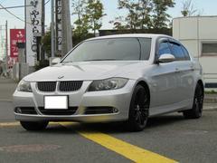 BMW330xi  4WD  黒革シート
