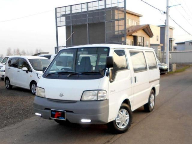 日産 4WD 2.2ディーゼル CD 夏冬タイヤ付