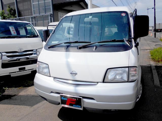 日産 4WD 1.8VX リアヒーター 夏冬タイヤ付 ナビTV