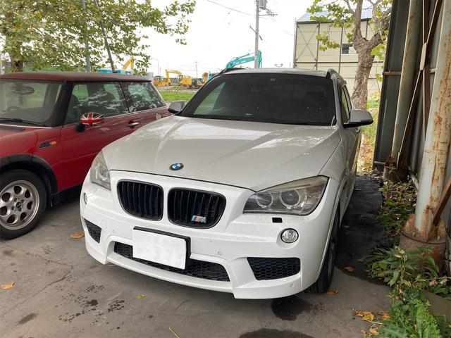 BMW X1  クリアランスソナー ミュージックプレイヤー接続可 アルミホイール アイドリングストップ CVT シートヒーター 後席モニター ABS ESC エアコン
