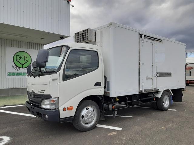 トヨタ  冷蔵冷凍車 -30度 4WD ロング 積載2t 荷台内寸L446W176H170