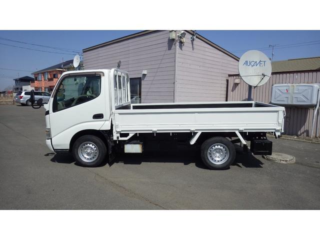 トヨタ ロングシングルジャストロー 荷台仕上げ済み ディーゼル4WD ボディー寸法310x160x38積載量1350キロ 木製床