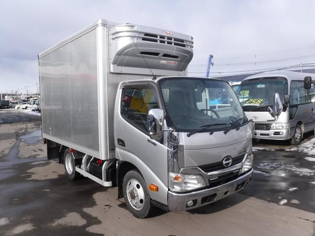 日野 2トン 4WD 冷凍冷蔵車 マイナス30℃ バックカメラ 荷台内寸 長さ3450 幅1790 高さ2020