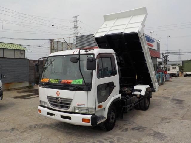 UDトラックス 4トンローダーダンプ