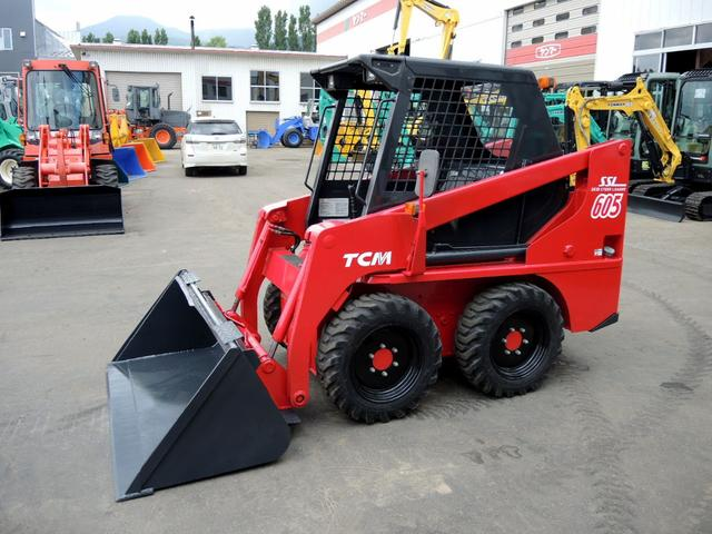 日本その他 TCM タイヤショベル 605 バケット容量0.3m3 機械幅160cm 重量1,780kg
