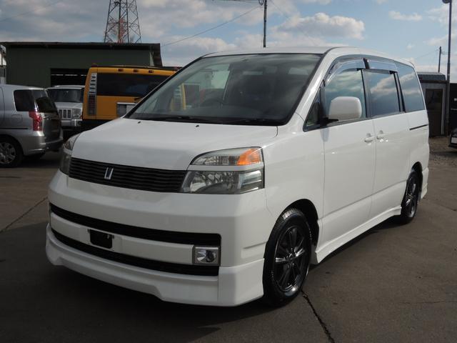 トヨタ X Gエディション 4WD キーレス 3列シート