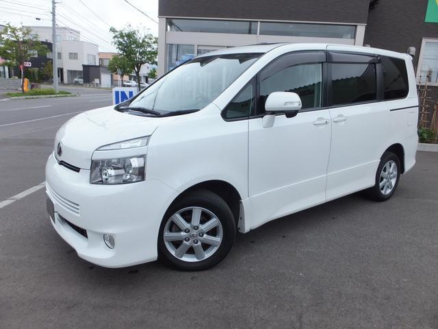 トヨタ ZS 4WD 8人 ☆寒冷地仕様☆スマートキー☆