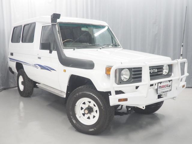 トヨタ トゥループキャリア ディーゼル 4WD