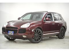 ポルシェ カイエンターボ サンルーフ 黒革 22in 正規ディーラー車