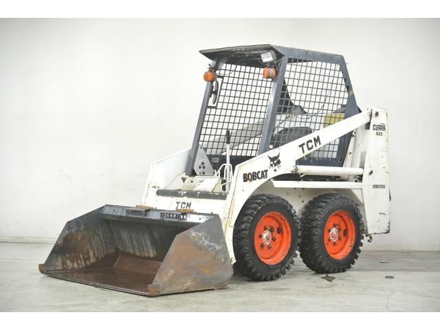 TCM ボブキャット533 4WD 除雪仕様 スタッドレス付