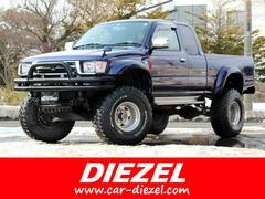 ハイラックススポーツピックエクストラキャブ ワイド 4WD ディーゼル リフトアップ