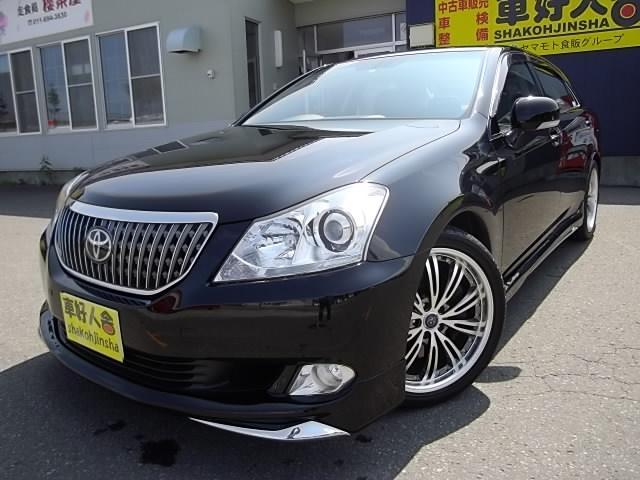 トヨタ Gタイプ Fパッケージ・黒革シート・後部席VIP・TV・ナビ