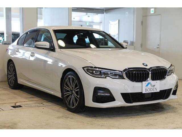 BMW 320d xDrive Mスポーツ 黒革LEDヘッドライトパワーバックドアACC
