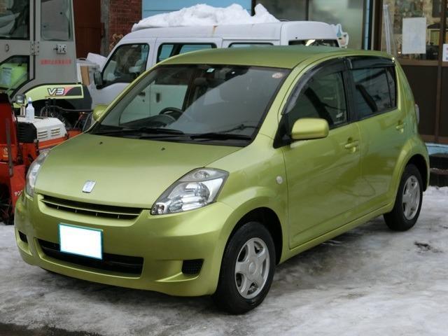 トヨタ X 4WD 夏冬タイヤ付