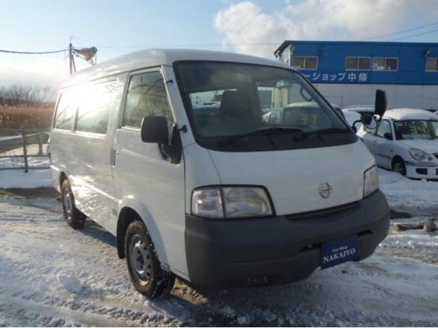 日産 CD ハイルーフ 4WD 夏冬タイヤホイル付