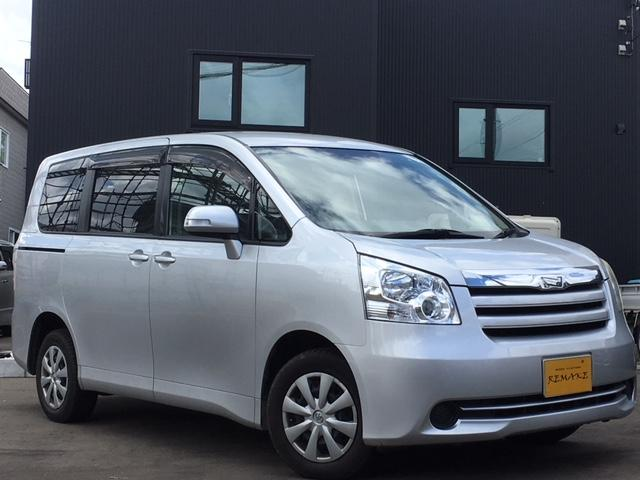 トヨタ 4WD・5名乗車・貨物登録可能・4ナンバー・TV・ナビ