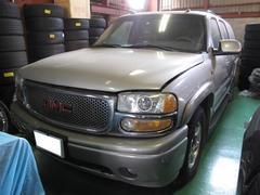 GMC ユーコンXL デナリ 6.0 V8 4WD 1ナンバー 革シート