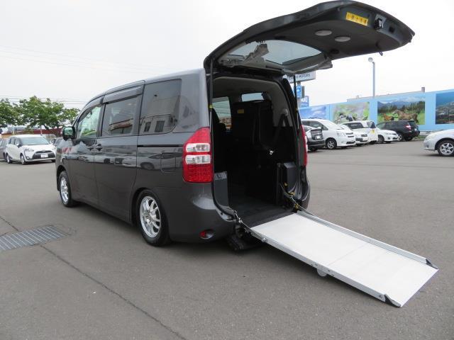 トヨタ X スマートエディション スロープ 4WD