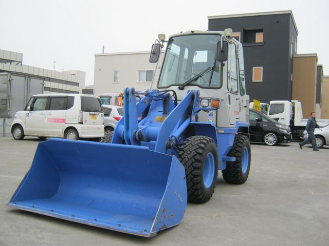ホイールローダTCM L4 4WD