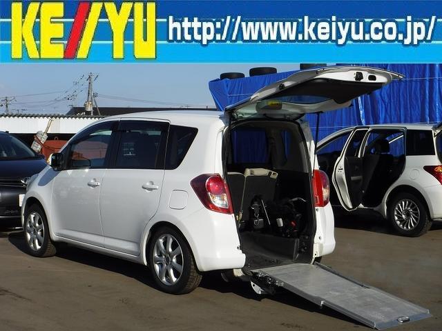 トヨタ X ウェルキャブAタイプ 寒冷地仕様 車椅子1脚電動固定装置