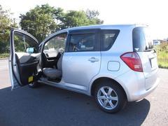ラクティスX ウェルキャブ 助手席回転スライドシート車 4WD