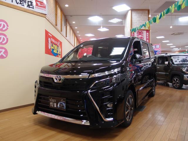トヨタ ZS 煌III 4WD 登録済未使用車 特別仕様車 両側パワースライド プッシュスタート