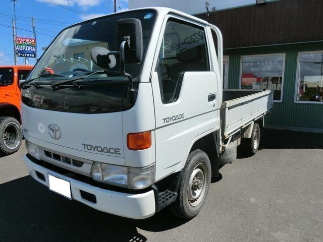 トヨタ 低床 5速MT ディーゼル 4WD