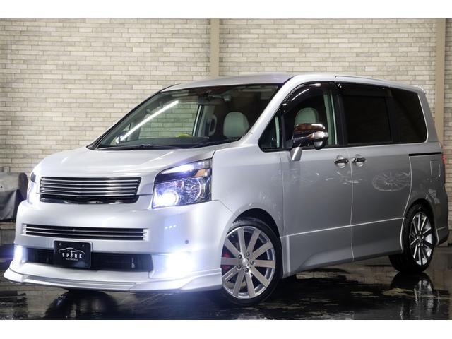 トヨタ ZS 4WD 外エアロ 後席モニター2台 新4灯HID