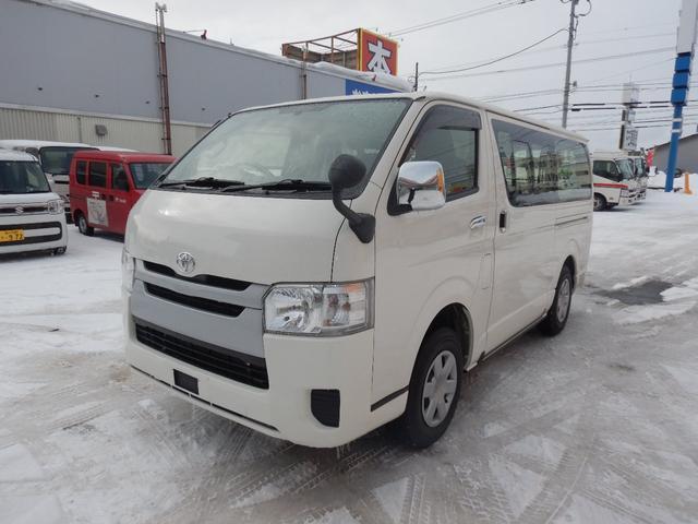トヨタ DX 6人 4ドア 4WD 寒冷地仕様 社外メッキミラー フロントバンパー・リヤバンパーホワイト塗装