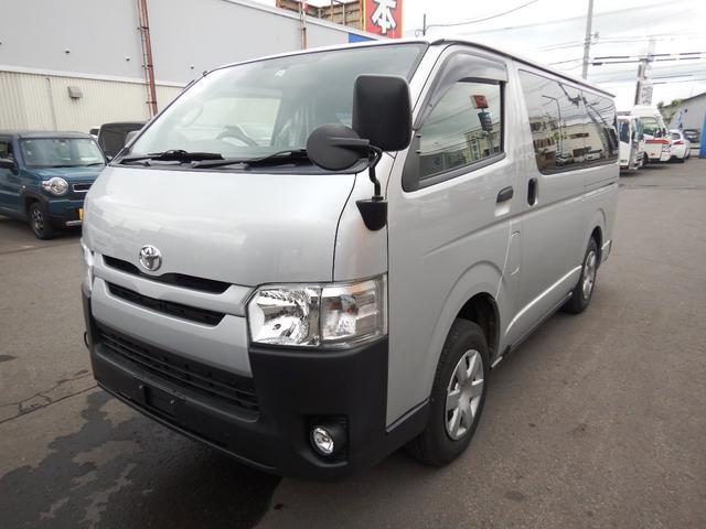 トヨタ  WAKO製リフト付(横開き有り) 6人 5ドア 4WD 寒冷地仕様 バックモニター付