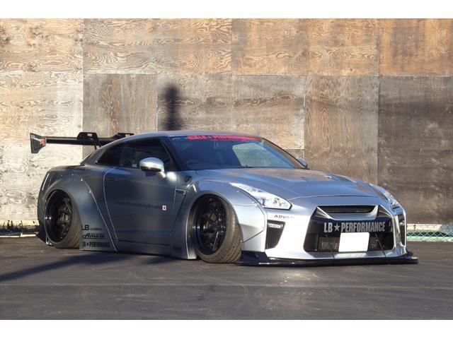 日産 GT-R プレミアムエディション LB WORKS 1.5Ver Fiエキゾースト可変マフラー幅公認エアサス公認! ID車輛 グー鑑定書付