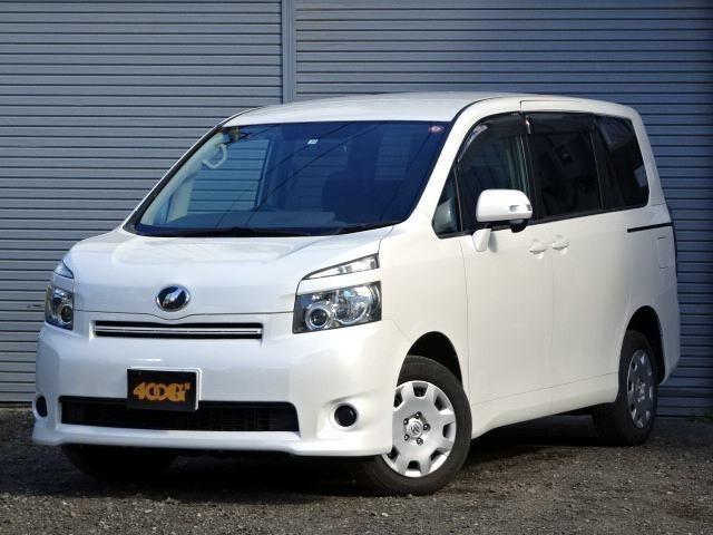 トヨタ ヴォクシー トランス-X 4WD 寒冷地仕様 5人乗 ナビTV 両側スライド