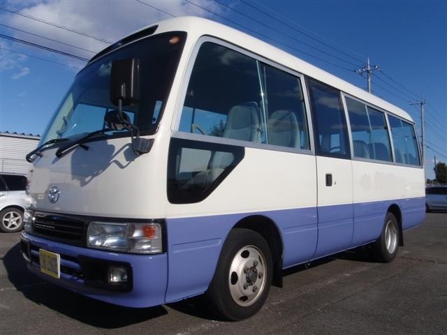 トヨタ LX  26人