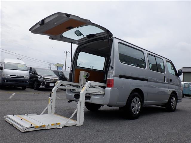 日産 キャラバン ロングDX パワーリフト付