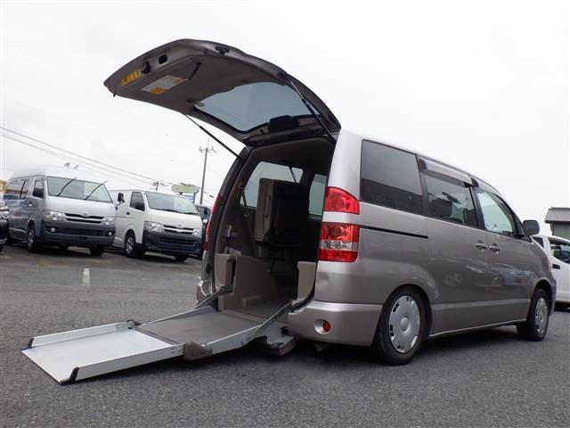 トヨタ ノア X Gセレクション ウェルキャブ 車いす1基積 スロープ